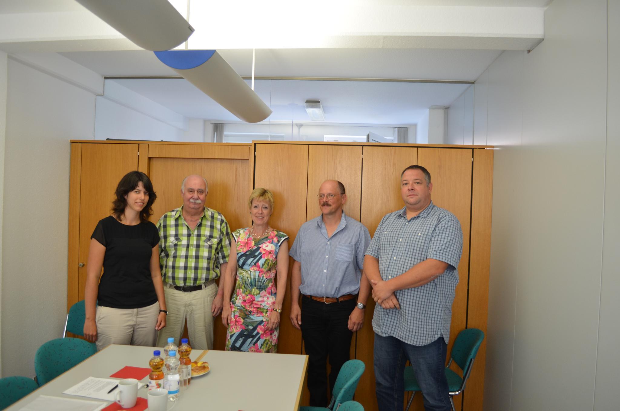 von links nach rechts: Mia Koch (DGB Regionssekretärin), Rudi Braun (Vorsitzender DGB-Kreisverband Neckar-Odenwald), Bundestagsabgeordnete Dr. Dorothee Schlegel, Rainer Schwab (stellvertretender Vorsitzender DGB-Kreisverband Neckar-Odenwald), Robin Friedl (Vorstandsmitglied DGB-Kreisverband Neckar-Odenwald)