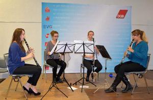 """Musikalische Umrahmung durch das Klarinetten-Quartett """"Blattspiel"""""""